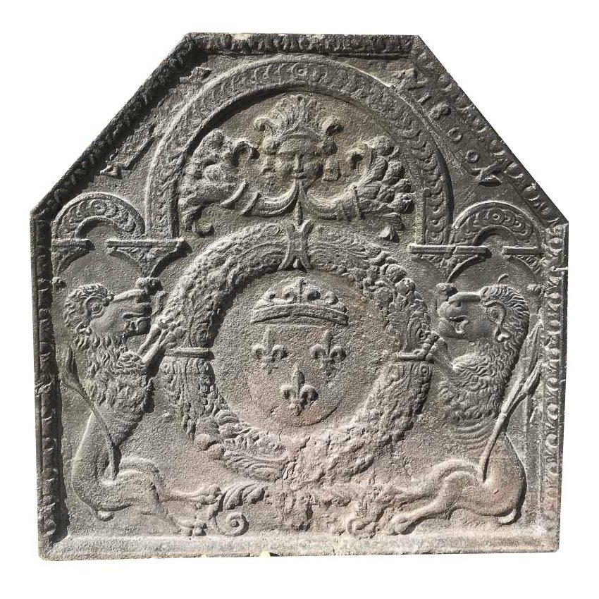 plaque de cheminee lions blason fonte h75 mat riaux d 39 antan. Black Bedroom Furniture Sets. Home Design Ideas